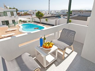 Casa Milagro – Pool and Ocean View, Puerto del Carmen
