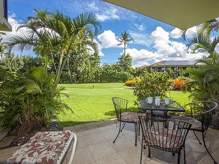 Waiohuli Beach Hale #D-120  Oceanfront Complex. Great Rates! Sleeps 3!, Kihei