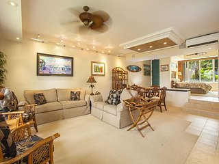 Palms at Wailea #305 A/C Throughout, Close to Pool, Nicely Appointed Sleeps 6