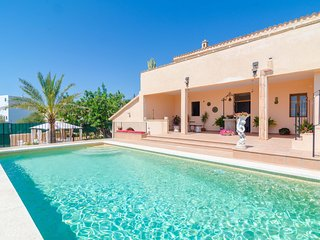 CAN TROBAT - Villa for 13 people in S'Horta