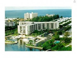 Cancellation Opens up Jan & April #1 Beach in USA, Siesta Key