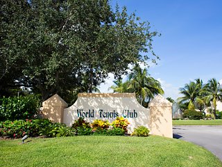 World Tennis Center 2/2 Condo, Naples