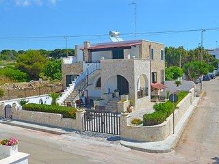 Villa Buganvilleuca vista mare -Benvenuti -