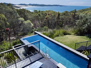 OCEAN MUSE - Anna Bay, NSW