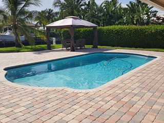 Fantastic Water-front and a Pool House., Deerfield Beach