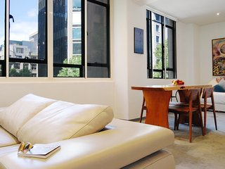 Honey Apartments 1 - Queen St & Flinders Lane CITY