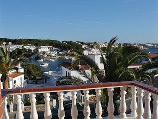 Meraviglioso appartamento vista porto!!, Port d'Addaia