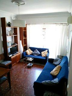 Salón con terraza,  amplio y luminoso. Tranquilidad y descanso