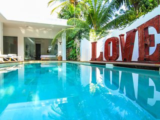 Villa Ivy -5 Bed Luxe Pool Villa Heart of Seminyak