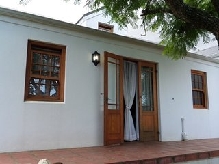 Explore Overberg Western Cape Cottage, Swellendam