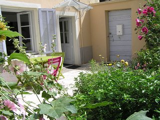 """""""Le Jardin Croix Roussien"""" classé 3 ***, 35m2, Lyon"""