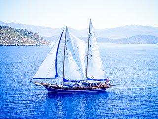 Flaka Sailing | Gulet Musandira II & Kaptan Yarkin