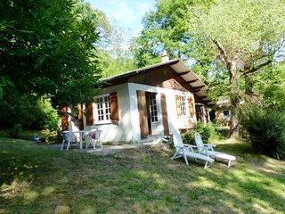 Romantisch huisje aan de oever van het meer, Saint-Pardoux-la-Croisille