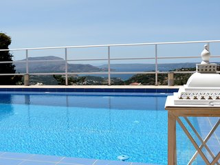 Villa Hermes, private pool, sea and mountain view