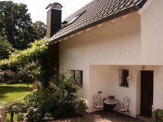 Hübsches Haus mit Garten