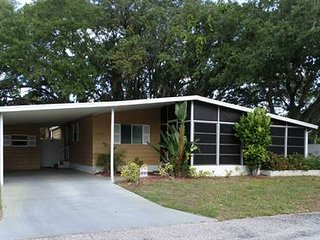 Vacation Rental in 55+ Manufactured Home Park, Sarasota