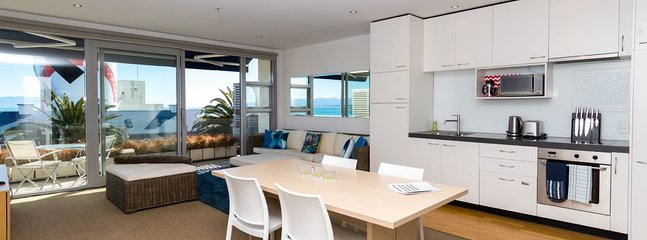 Generous spaces, light-fillled & beautifully decorate open-plan living
