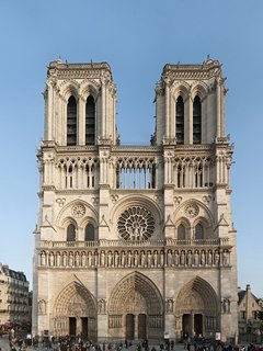 'Notre Dame' is at  1 mn walking from the apartment
