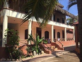 Habitación en Nexpa para 4 Personas CON AC y Alberca