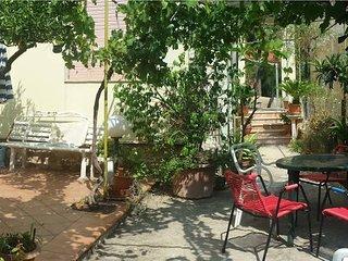 Casa Vacanze da Sonia, villetta con giardino, Bonagia