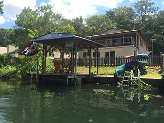 Captains Quarters at Pirate's Cove, Weeki Wachee