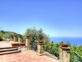 6 bedroom Villa in Sant'Agata sui Due Golfi, Campania, Italy : ref 5228278