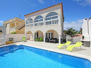 3 bedroom Villa in Empuriabrava, Catalonia, Spain : ref 5043777