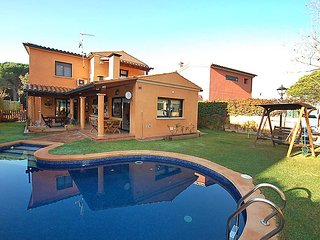 3 bedroom Villa in Santa Cristina D Aro, Costa Brava, Spain : ref 2097044