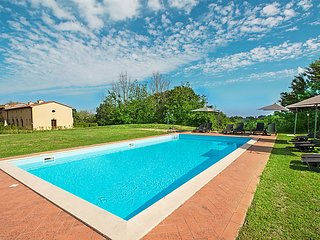 2 bedroom Apartment in Lari, Tuscany, Italy : ref 5083247