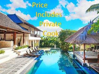 Villa Prasada Canggu Bali - Luxury for 11 guests