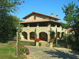 3 bedroom Apartment in Poppi Castel San Niccolo, Arezzo, Italy : ref 2215395