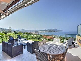 Agropoli Apartment Sleeps 2 with Air Con - 5392992