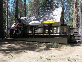 Mountain cabin in Sierras  in California, Shaver Lake