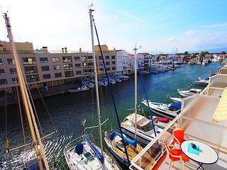 Port Moxo 78