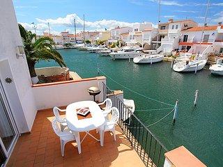 3 bedroom Villa in Empuriabrava, Catalonia, Spain : ref 5697937