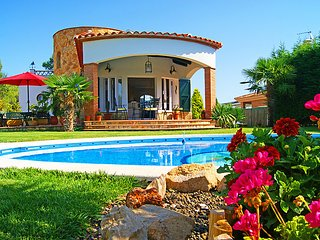 3 bedroom Villa in Caldes de Malavella, Costa Brava, Spain : ref 2214423