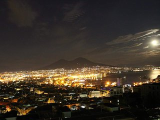 Penthouse, view on Napoli & Sea/Attico panoramico