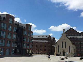 Luxury 2 Bedroom Apartment, Gloucester Docks