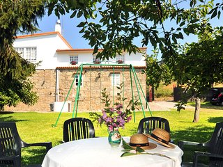 Huge comfortable holiday house in a peaceful setting near Santiago, Santiago de Compostela