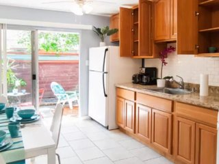 Furnished 1-Bedroom Apartment at Easy St & Walker Dr Mountain View