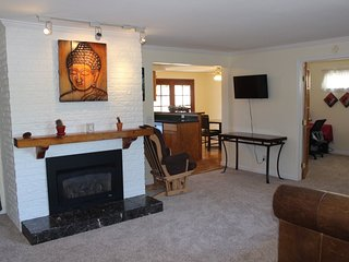 Furnished 3-Bedroom Home at 6th St & 7th Ave Kirkland