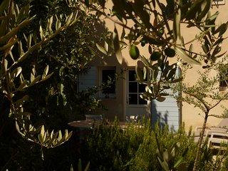 Studio dans une bastide du pays d' Aix-en-Provence, Le Puy-Sainte-Reparade