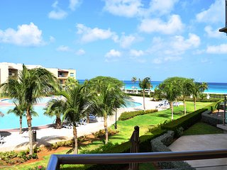 Amazing ocean view from your two balconies!