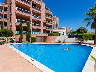 Apartamento T2 Piscina e Garagem a 150m da Praia, Praia da Rocha
