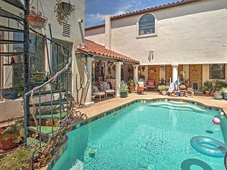 Eclectic 3BR Henderson House w/Private Pool