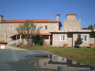 Casa do Castelo de Fermedo é um Solar com Capela, Arouca