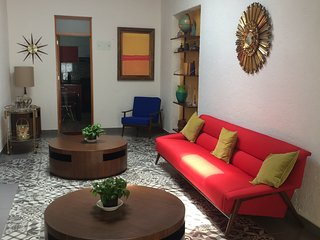 3 SUITES 4 UP TO 8 GUESTS NEAR CONDESA, Cidade do México