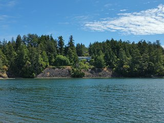 Hummingbird's Heaven en suite, Sooke