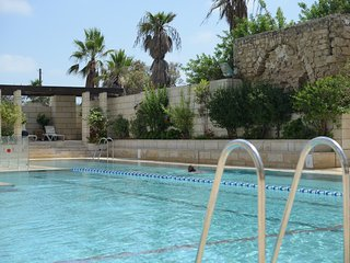 2 bed apt, sea view and balcony - Andromeda, Jaffa