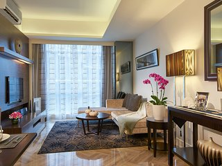 Orchard Scotts Residences 1-Bedroom Apartment